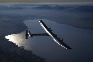 Solar Impulse 2 pecahkan rekor terbang pesawat non-BBM