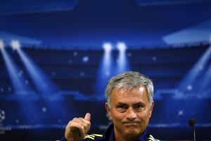 Jose Mourinho sepakati kontrak tiga tahun di MU