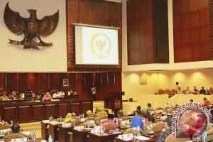 """Dua jenderal purnawirawan """"tarung"""" jadi pimpinan DPD"""