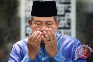 SBY doakan almarhum Sulistyo