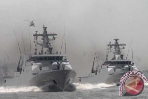 Ratusan arsenal TNI dipamerkan di Solo
