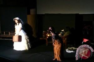 Monolog kisah pilu tiga perempuan Indonesia