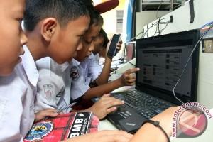Minat pelajar DIY akses internet tertinggi
