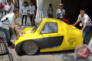 Lomba Mobil Hemat Energi