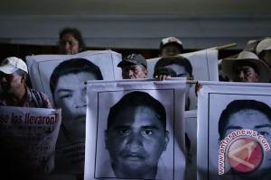 Meksiko periksa tokoh penting terkait hilangnya 43 mahasiswa