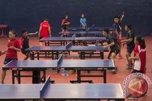 Menpora uji kemampuan atlet muda tenis meja saat Ramadhan
