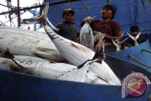Fishermen call for thorough elimination of poachers