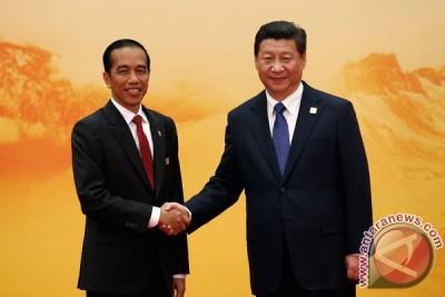 Jokowi undang Xi Jinping hadiri peringatan HUT KAA