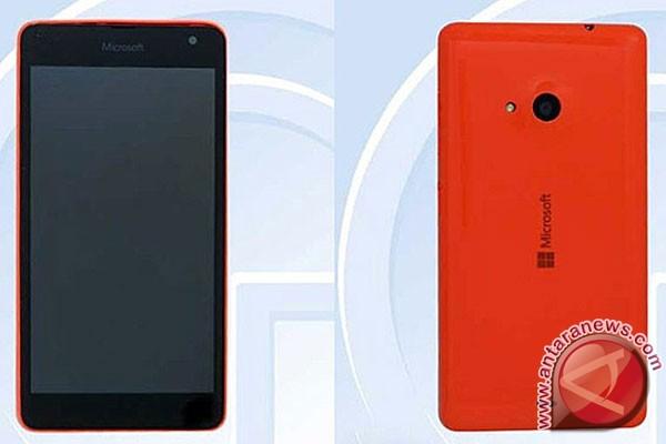 Lumia RM-1090 sudah tinggalkan brand Nokia