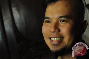Musisi Ahmad Dhani jadi calon wali kota Surabaya?