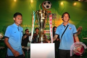 Tropi Piala AFF singgah di Jakarta
