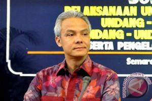 Gubernur Jawa Tengah tetapkan UMK 2016