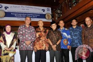 Empat ilmuwan raih Habibie Award Ke-18