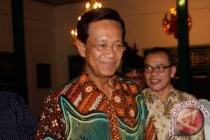 Sultan minta pengrajin batik mengikuti fashion internasional