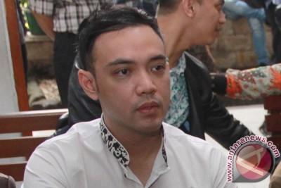 Polda Metro bekuk aktor Sandy Tumiwa