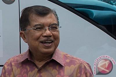 Jusuf Kalla tiba di Bundaran HI
