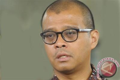 President yet to determine stance on Widjojanto`s resignation