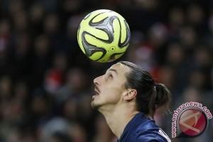 Laga perdana Ibrahimovic bersama MU melawan Galatasaray