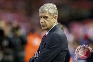 Wenger tak tergoda kejar rekor Alex Ferguson