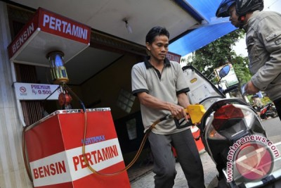 Harga premium naik Rp200 mulai 1 Maret