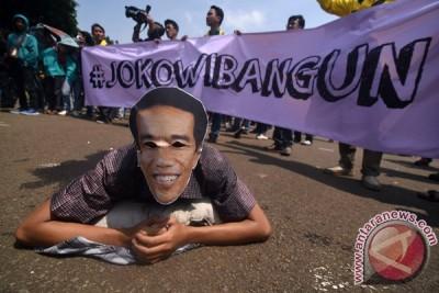Aksi 100 Hari Pemerintahan Jokowi