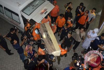 Evakuasi Korban Pesawat Air Asia