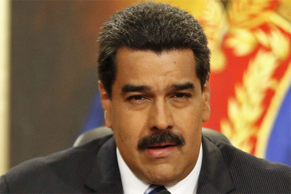 Permalink to Maduro merespons sanksi ekonomi AS