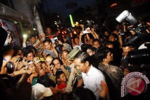 Jokowi Kunjungi Pasar Klewer