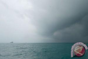 BMKG : waspadai gelombang tinggi Laut Jawa