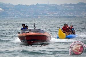 Muncak teropong laut Lampung dipadati pengunjung