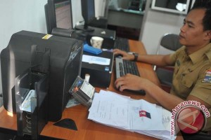 Dua juta warga Jatim belum terekam e-KTP