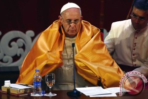 Paus Fransiskus tegaskan salah kaitkan Islam dengan kekerasan