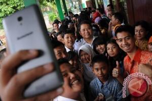 Smartphone turut dongkrak ekonomi Indonesia