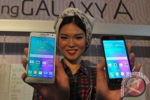 Samsung luncurkan dua ponsel unibody berbahan metal
