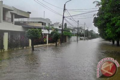 Kampung Pulo Jakarta banjir