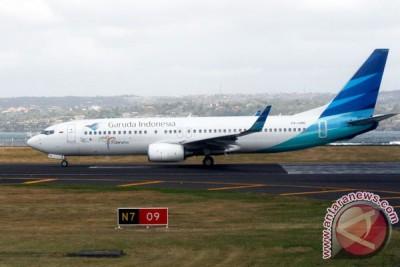 Garuda kembali mendarat setelah tabrak burung