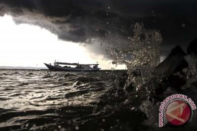 BMKG peringatkan pengguna transportasi laut agar waspada