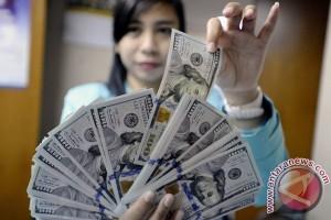 Dolar Amerika Serikat melemah jelang pertemuan The Fed