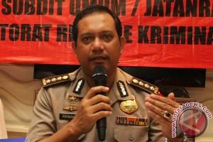 Penyidik Polri geledah kantor Kemenkumha