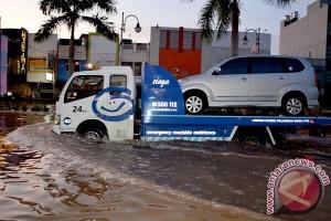 Antisipasi banjir, periksa kembali perlindungan asuransi mobil