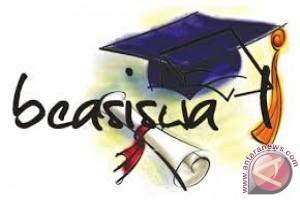 BCA beri beasiswa mahasiswa UGM berprestasi