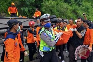 16 korban bus Sang Engon dibawa pulang