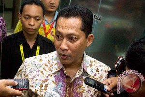 Lima kasus menunggu Denny Indrayana