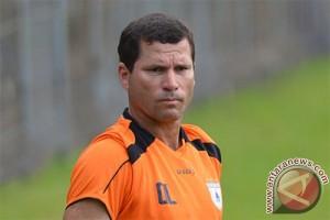 AFC akui lisensi pelatih Persipura Lessa
