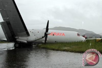 Pesawat Deraya sudah dievakuasi dari landasan
