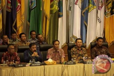 Mediasi Gubernur DKI-DPRD  belum ada kesepakatan