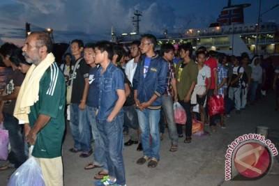 Lima WNI terdeportasi mengaku lahir di Malaysia