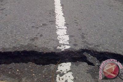 Warga Rangkasbitung berhamburan akibat gempa