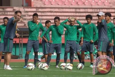 Timnas senior menang 2-1 atas Myanmar