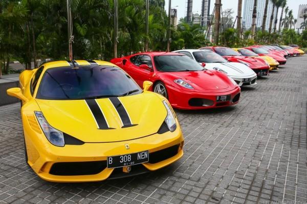 Pemilik Ferrari akan melawat ke Singapura dan Malaysia